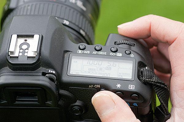 تاریخچه اختراع دوربین عکاسی